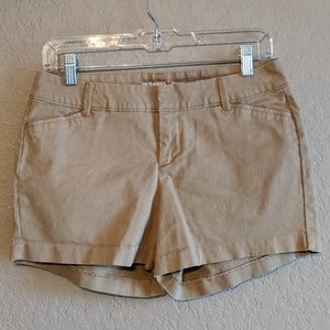 Old Navy Pixie Chino Shorts Tan Size 2